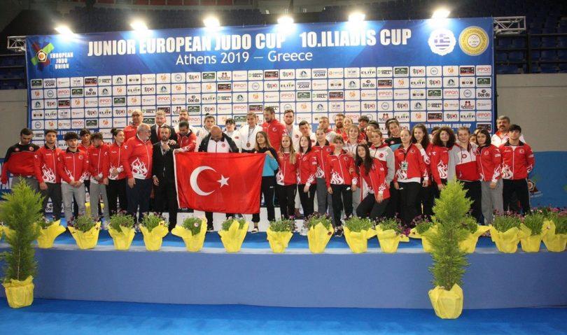 Δύο χρυσά στο φινάλε και 2η θέση για την Τουρκία στο Athens Junior European Cup