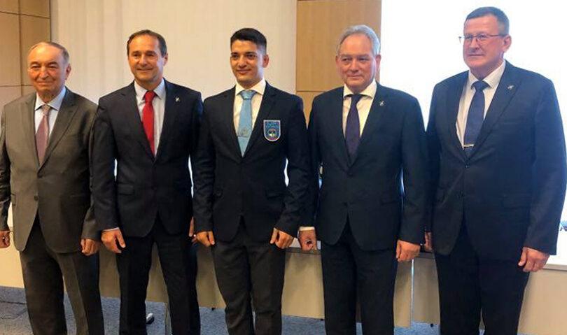 Κωνσταντίνος Λυμπερόπουλος – Διεθνής Διαιτητής